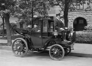 Früher waren eine Limousine mit Chaffeur nur Wohlhabenden vorbehalten